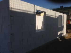 Rohbau - Blick auf Küchenfenster (Vorne)